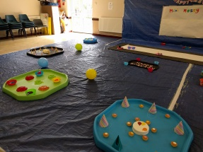 Messy play station